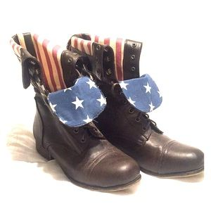 American flag themed combat boots